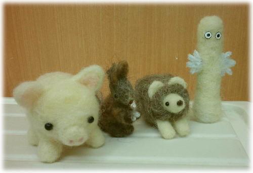ほのぼの羊毛@JEUGIAMOMOとごほうびと、_d0142770_00444466.jpg