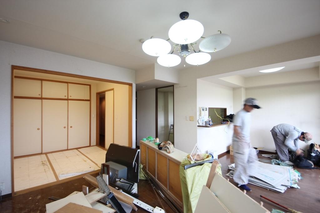 弦巻の家改修 解体工事_c0310571_08212354.jpg