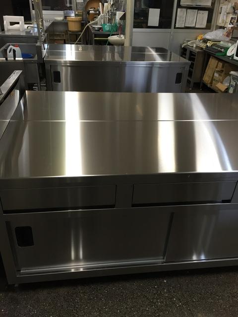 新しくなった調理台。_d0182179_17464249.jpg