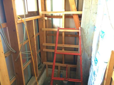 天竜 お蕎麦屋さんのトイレ改修 大工工事、電気設備工事_d0205883_19363694.jpg
