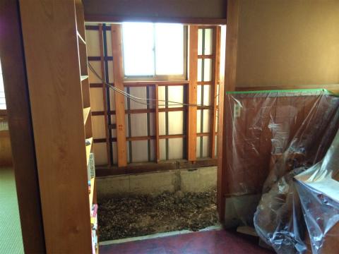 天竜 お蕎麦屋さんのトイレ改修 ★解体工事、給排水工事、左官工事_d0205883_7425158.jpg