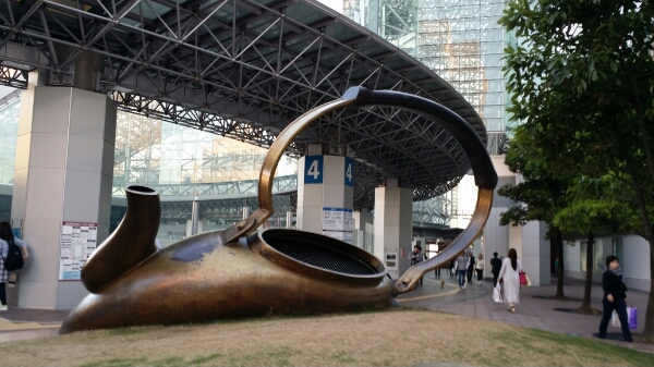 金沢駅前NOW_b0019313_1982715.jpg