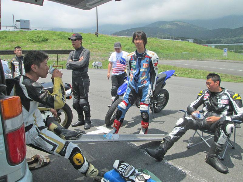 昨日は富士カートでバイク遊び三昧♪_c0086965_16561842.jpg