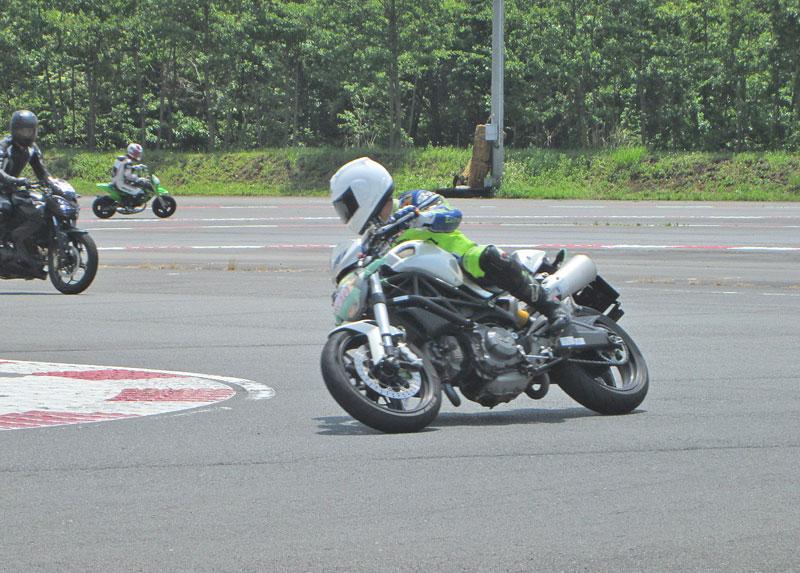 昨日は富士カートでバイク遊び三昧♪_c0086965_17102385.jpg