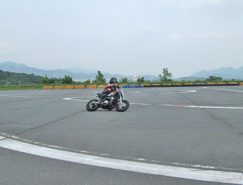 昨日は富士カートでバイク遊び三昧♪_c0086965_1715619.jpg