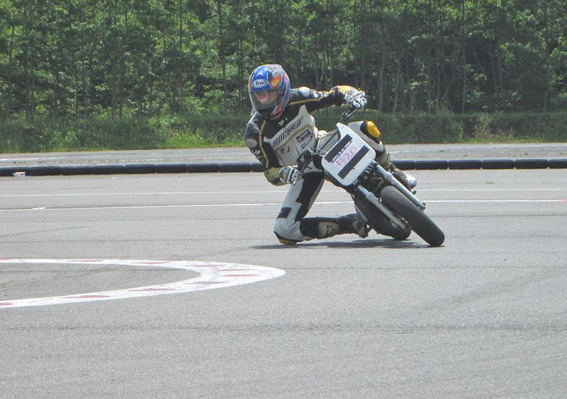昨日は富士カートでバイク遊び三昧♪_c0086965_1716599.jpg
