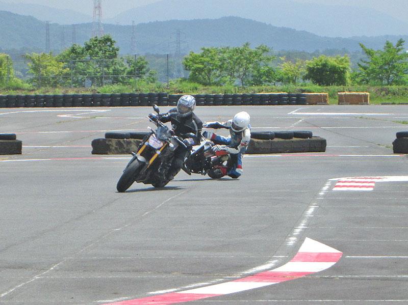 昨日は富士カートでバイク遊び三昧♪_c0086965_1717178.jpg