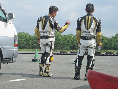昨日は富士カートでバイク遊び三昧♪_c0086965_1733559.jpg