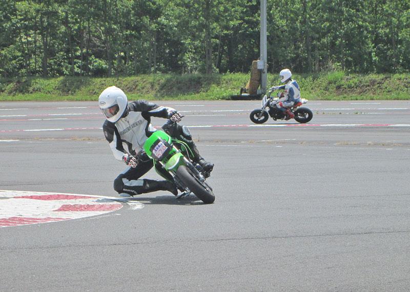 昨日は富士カートでバイク遊び三昧♪_c0086965_1752490.jpg