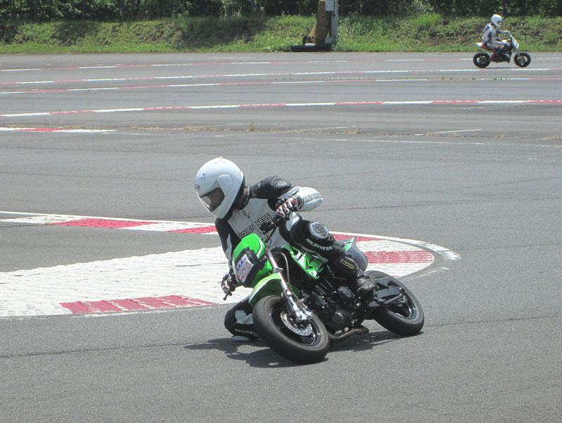 昨日は富士カートでバイク遊び三昧♪_c0086965_1753175.jpg