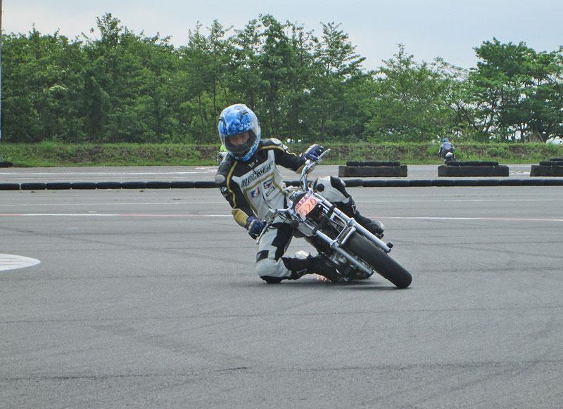 昨日は富士カートでバイク遊び三昧♪_c0086965_1761215.jpg