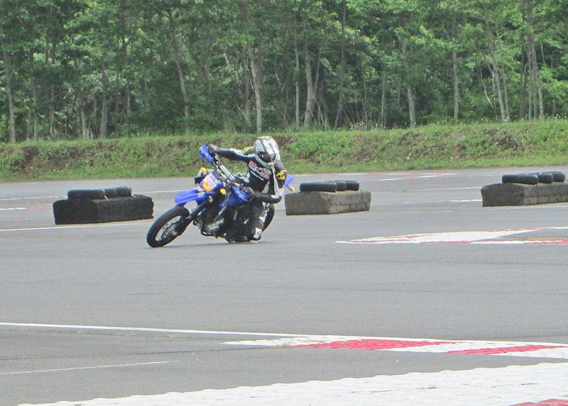 昨日は富士カートでバイク遊び三昧♪_c0086965_1791995.jpg
