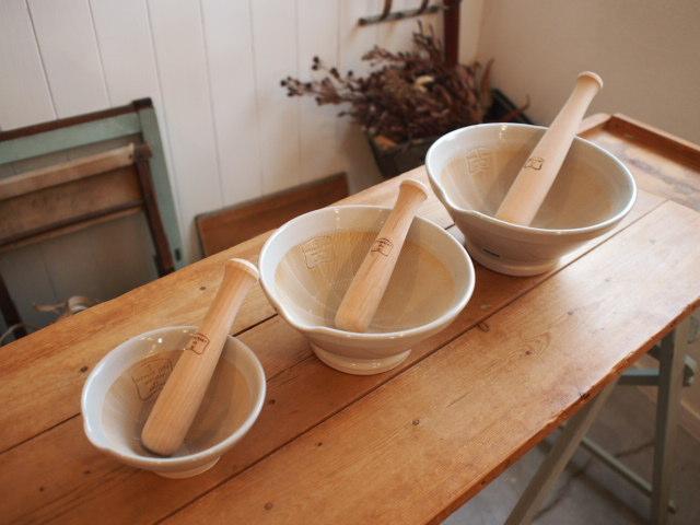 すり鉢とトートバッグ。_a0164280_15194446.jpg