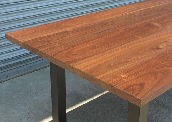 ウォールナット、鉄脚ダイニングテーブル_e0115686_15502102.jpg