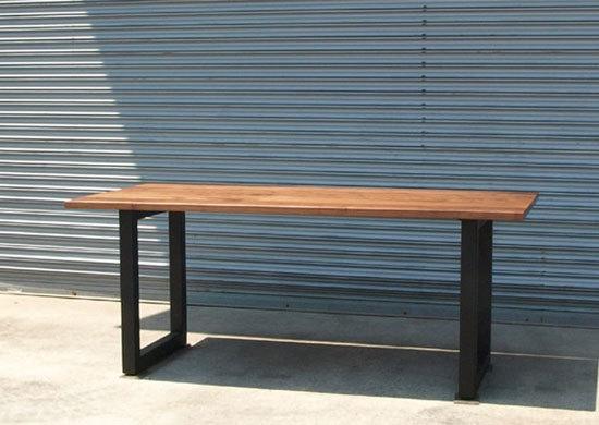 ウォールナット、鉄脚ダイニングテーブル_e0115686_15502164.jpg