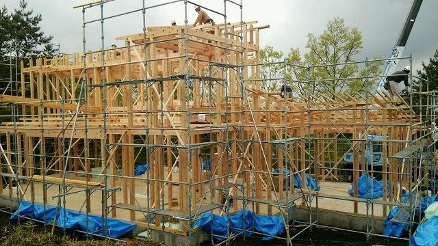 いよいよくじゅうのモデルルーム建設が始まりました。_e0266187_1531917.jpg