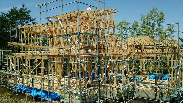 いよいよくじゅうのモデルルーム建設が始まりました。_e0266187_1533685.jpg
