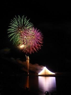 第64回筑後川川開き花火大会に行ってきました_e0149436_20250616.jpg
