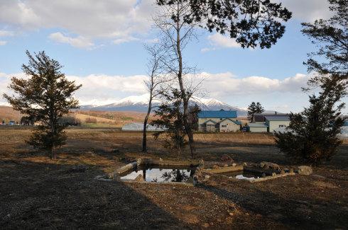 いえのえほん104/北海道移住支援『上富良野・Gufoの森』_c0189970_10552679.jpg