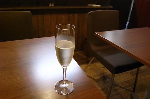 ◆まるで天国、三浦半島を巡る旅◆ ワイン飲み比べ_e0043700_2259575.jpg