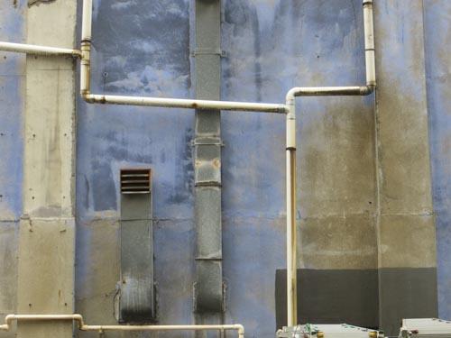 壁の楽しみ_b0129807_2220673.jpg