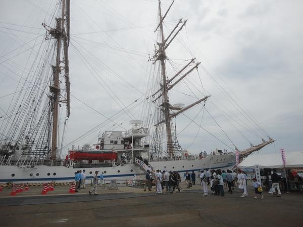 バリシップ2015・帆船『日本丸』と海事展の一般公開 _f0231709_22135478.jpg