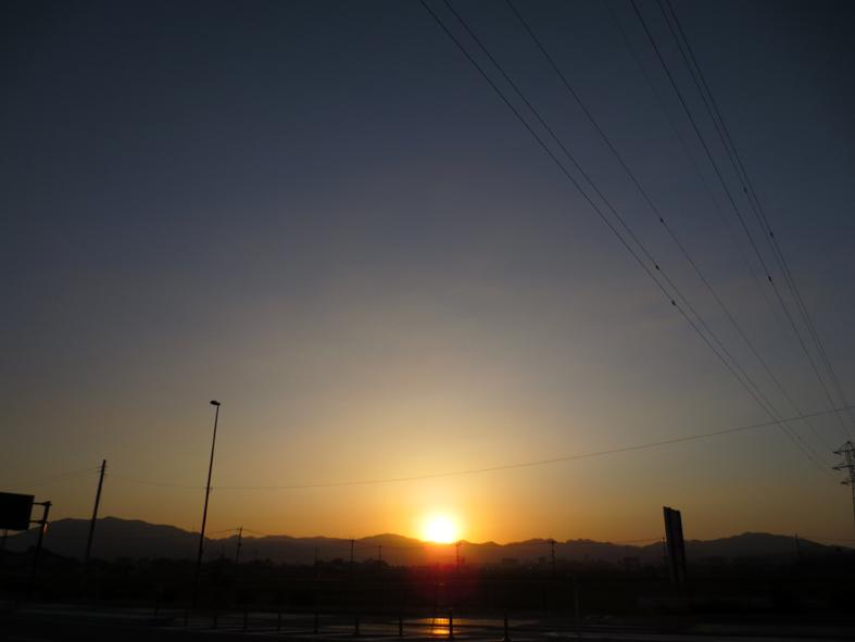 ■空模様は心もよう──週替わりの夕暮れ[5/20-22]_d0190217_023286.jpg