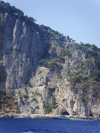 青の洞窟だけじゃないカプリ島_e0224461_0282753.jpg