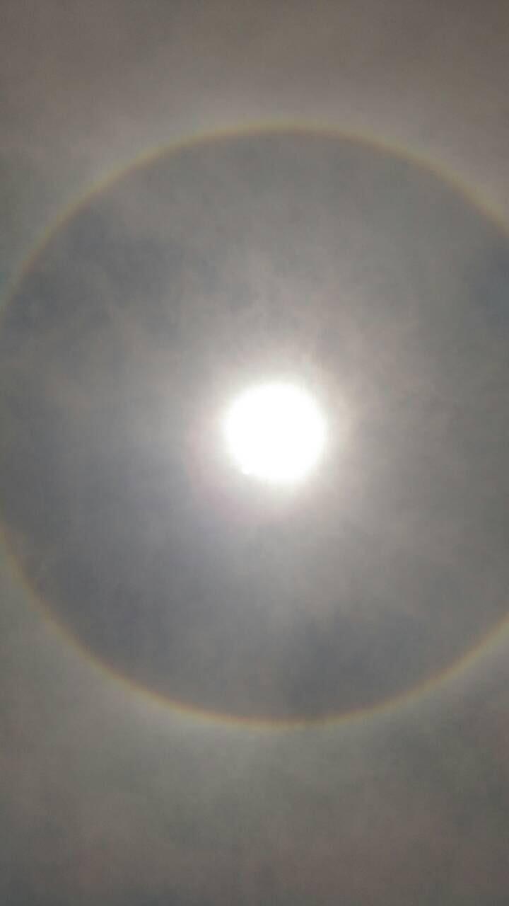 〔空と雲〕日暈~光の環~_b0298740_23293103.jpeg