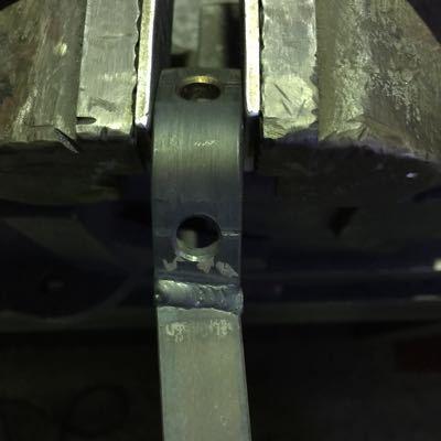 マフラーブラケット製作中_c0133351_19495674.jpg