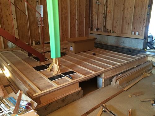 床暖房の配管工事です。_a0148909_9222892.jpg