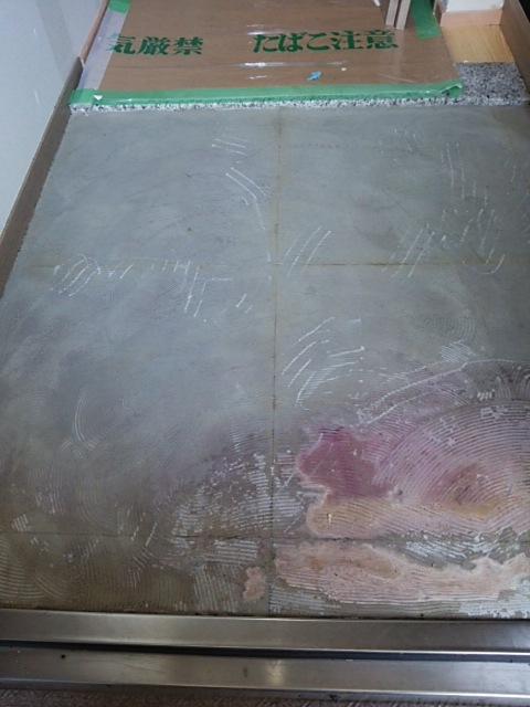 玄関踏込みの塩ビタイル施工_a0293019_0205219.jpg
