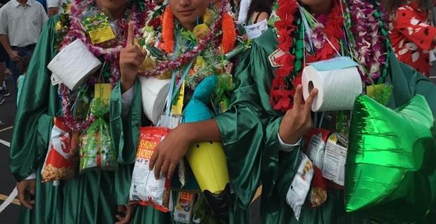先週も楽しくリボンレイ&息子の卒業式_c0196240_16175525.jpg