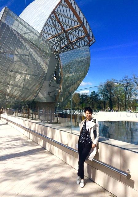 パリ旅~未来を感じる「ルイ・ヴィトン・ファウンデーション」~_a0138976_1636211.jpg