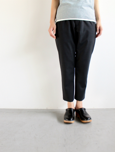 Honor gathering  Boil Smooth Wool Strech Tropical Easy Trousers_b0139281_13133240.jpg