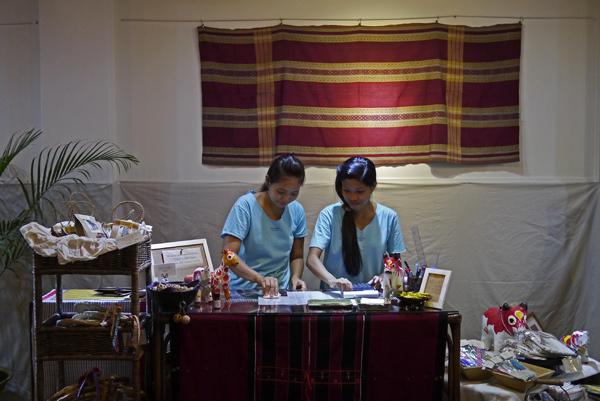 素敵な手作り雑貨を抱っこ! dacco. myanmarを見に行った_c0098222_14101397.jpg