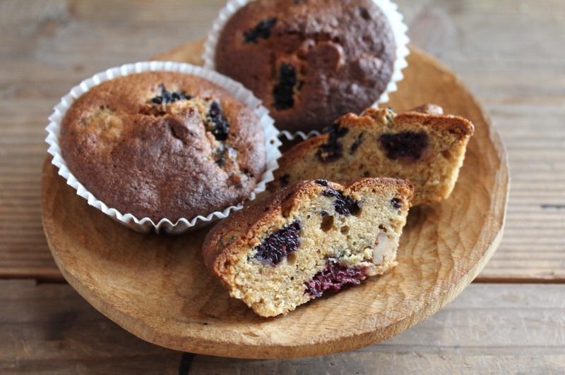 桑の実と胡桃と黒糖のカップケーキ_b0132338_11142795.jpg