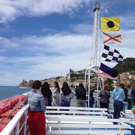 船でラ・スペツィアからポルトヴェーネレへ_a0136671_1535139.jpg