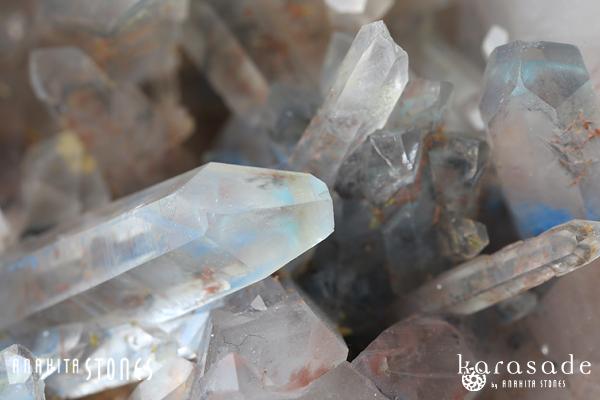 アホイト・パパゴアイトinクォーツ原石(南アフリカ産)_d0303974_23562480.jpg