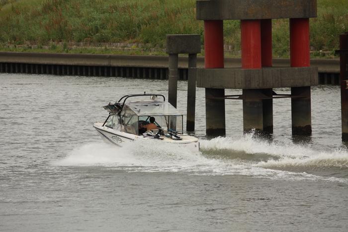 中川の微風を受けて。。。_a0214329_022612.jpg
