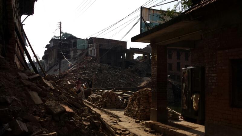 ネパール報告:2日目 ブンガマティ続き_e0155231_1656360.jpg