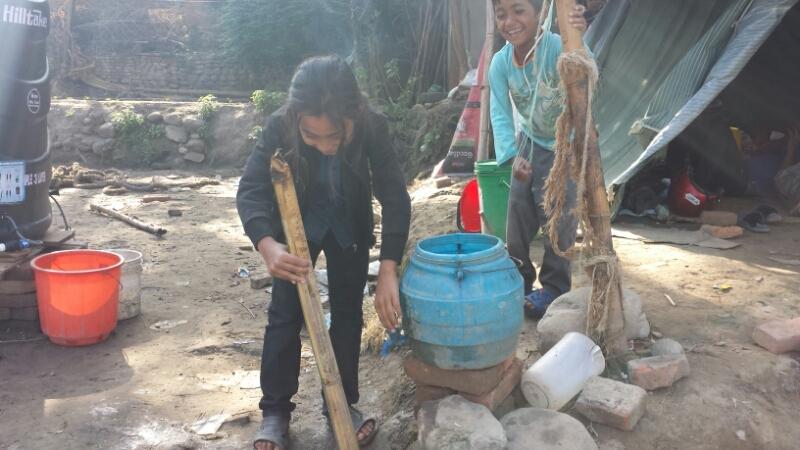 ネパール報告:2日目 ブンガマティ続き_e0155231_16575526.jpg