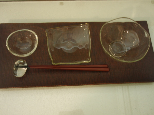 松岡ようじガラス展 5/27_b0132442_19462302.jpg