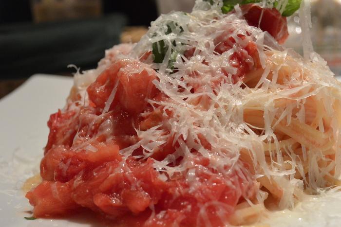 フレッシュトマトのスパゲティーニ、飽きない美味しさ。5月28日(木)のランチメニュー_d0243849_2327669.jpg