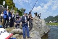 岐阜新聞 ウェブ 4月~5月「長良川」_f0197754_0235112.jpg