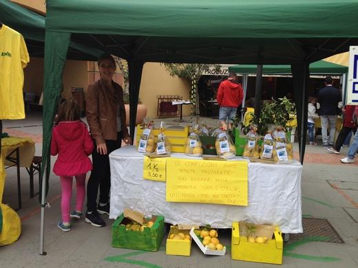 モンテロッソのレモン祭り_a0136671_1241382.jpg