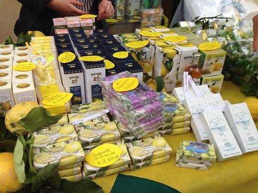 モンテロッソのレモン祭り_a0136671_1311247.jpg
