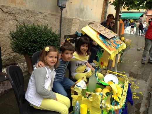 モンテロッソのレモン祭り_a0136671_1365194.jpg