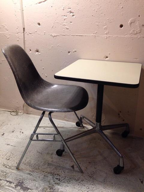 5月30日(土)大阪店ヴィンテージ家具入荷!①Eames SideShell Chair!!(大阪アメ村店)_c0078587_13104463.jpg