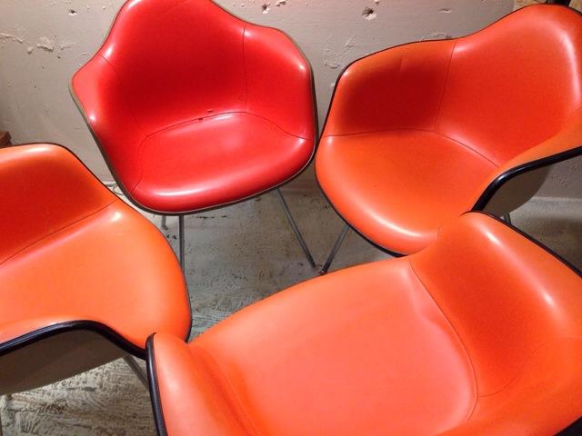 5月30日(土)大阪店ヴィンテージ家具入荷!②Eames ArmShell Chair!!(大阪アメ村店)_c0078587_13291283.jpg